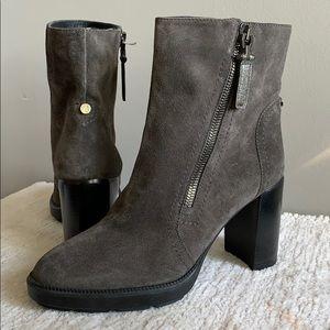 Aquatalia Ilenia Gray Suede Leather Heel Boots 10